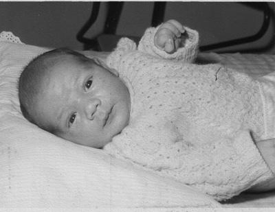 Cyril Malka - 8 dage gammel